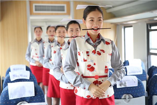 高铁乘务实训舱