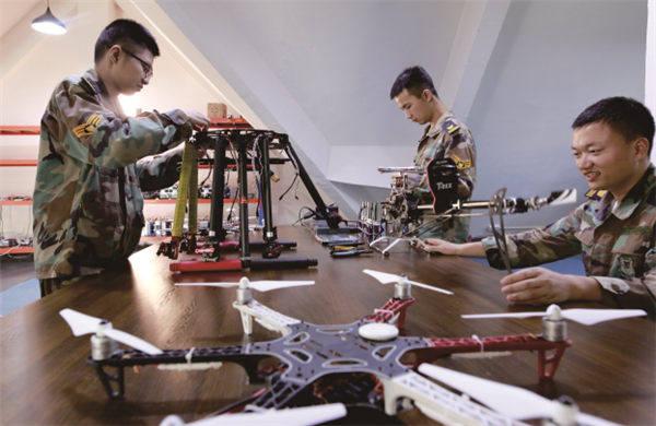 无人机操控与维护专业核心课程