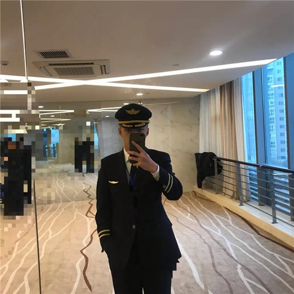 重庆航空空少周千杰:如果没有大学时期的坚持,就没有现在的我