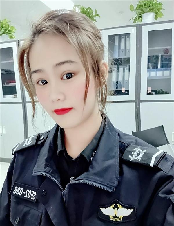 """顺丰航空安检员李宜轩:谨记24条""""军规"""",做有品质的顺丰安检人"""