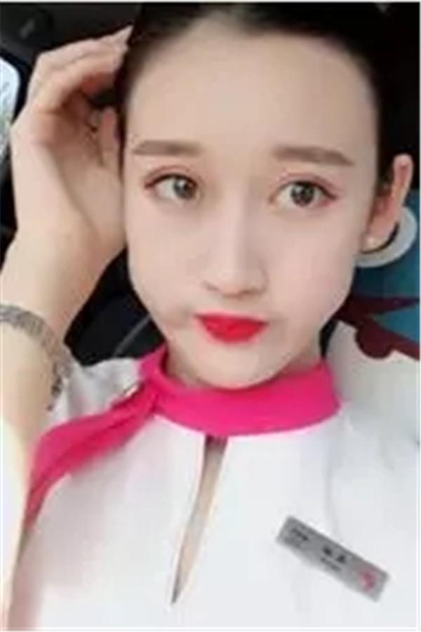 长龙航空空姐高甜:青春里,一定要尽情起舞