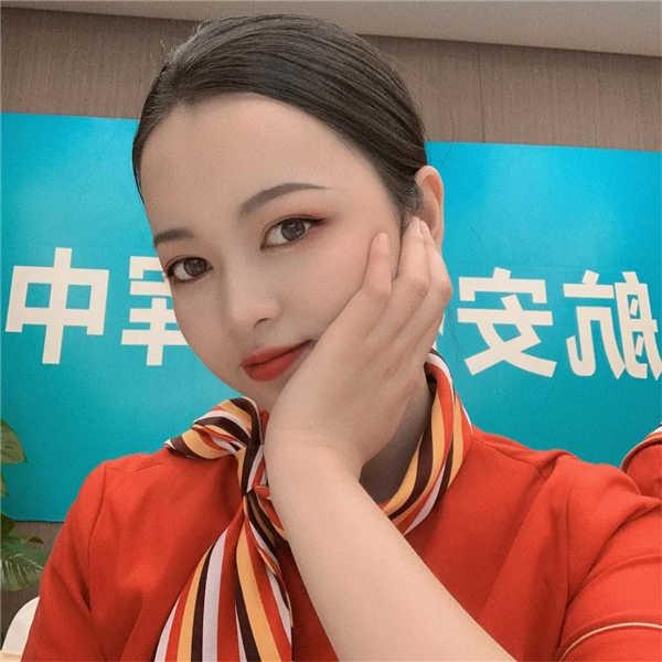 海南三亚凤凰机场贵宾接待唐千一:不想别人否定,自己就要更加努力