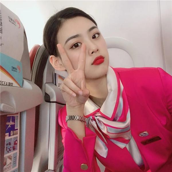 浙江长龙航空空姐吴双凤:化压力为动力,争取让自己做到最好